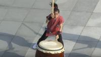 kids taiko drumming