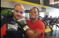 World Champion Muay Thai Legend Saenchai