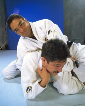 Robert Young BJJ Advice From Rickson Gracie: Grapplers Must Also Learn to Strike martial arts featured news butaedo budo secrets